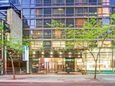 Photo for 2BR Presidential Suite - Sleeps 6 - Near UN & Grand Central - 90 Reviews