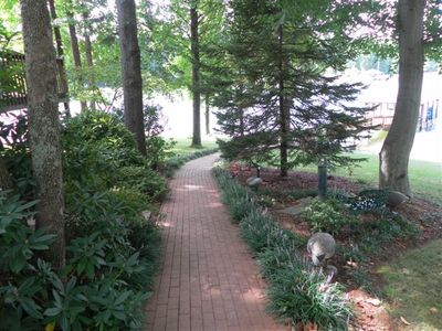 Photo for 2BR Cottage Vacation Rental in Mooresville, North Carolina