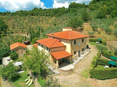 Photo for Holiday house Loro Ciuffenna for 14 - 24 persons with 7 bedrooms - Holiday house