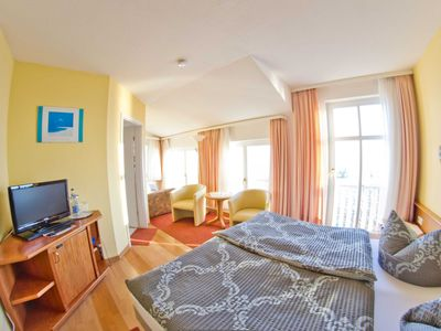 Photo for 3) Double room with panoramic sea view - ferry view