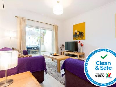 Photo for Clean & Safe apartment with AC, terraces and pool