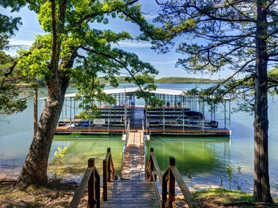 Luxury Log Cabin On The Waterfront Of Beaver Lake With Boat Dock & Swim Deck