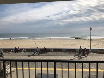 Newly renovated, Direct Oceanfront on center of Boardwalk, 12th street