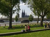 Ideal position for visiting Cologne Christmas markets