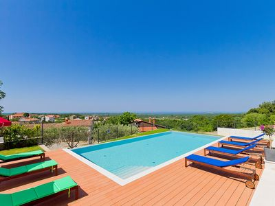 Photo for This 3-bedroom villa for up to 8 guests is located in Porec and has a private swimming pool, air-con