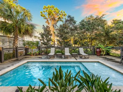 Photo for Private Heated Pool! Short Walk to the Beach! Gulf Views! Convenient Location