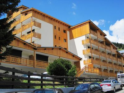 Super Venosc building - amazing views of the slopes!