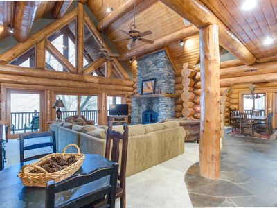 Photo for Luxurious Rustic Log Cabin