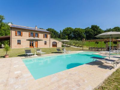 Photo for Villa Lucia with pool in the Marche region, elegant and spacious, a few kilometers from the Adriatic