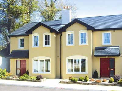 Photo for Semi-detached houses Pairc an Callan, Kenmare  in Kerry - 6 persons, 3 bedrooms