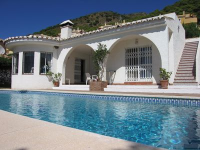 Photo for Villa with private pool, air con, bbq, wifi, pet friendly, Mijas, Malaga, Spain.