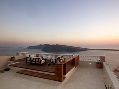 Photo for 4BR House Vacation Rental in santorini