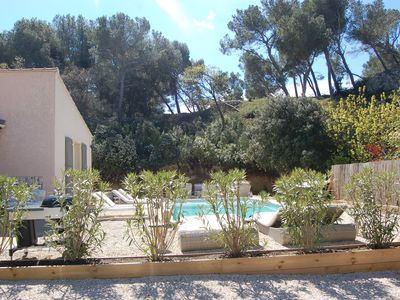 Photo for CHARMING VILLA IN THE HEART OF PROVENCE