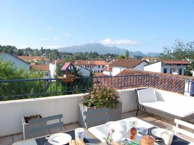 Photo for Apartment Saint-Jean-de-Luz, 3 bedrooms, 7 persons