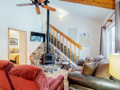 Photo for Newly updated, dog-friendly condo - close to downtown Ketchum & the ski lifts!