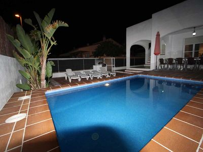 Photo for CASA DOFI, Ideal house for your holidays near the sea, free wifi, air conditioning, private pool, pets allowed, dog's beach.