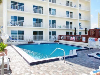 Photo for 2 bedroom 2 bath 2nd floor condo sleeps 6, watch sunrise come up over the ocean!