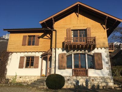 Photo for Family house 100m from the Lake, lake view, 3ch, 7pers., Enclosed garden