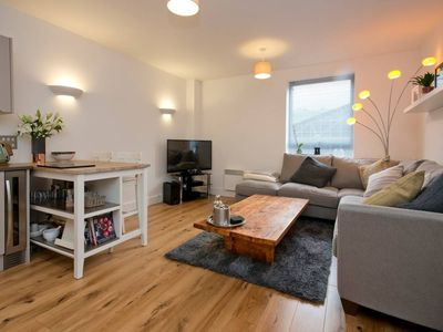 Photo for 2 Bedroom City Centre Apartment