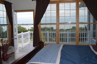 Master Bedroom with Private Deck looking over the Lewis and Clark Lake