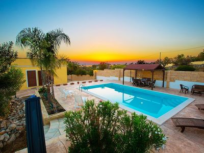 Photo for Villa Ibis: Is a cozy and welcoming villa in a quiet position, in the Apulian countryside, a short distance from the sea, with Free WI-FI.