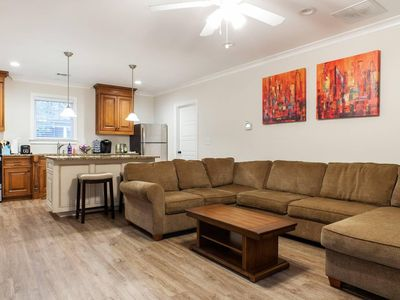 Spacious Guest House in the Heart of Midtown