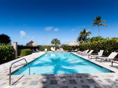 Photo for Newly Renovated Beachfront Condo with Breathtaking Views and Direct Beach Access!!