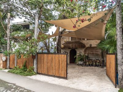 Photo for Elegant 4 bedroom Villa with  Bikes included