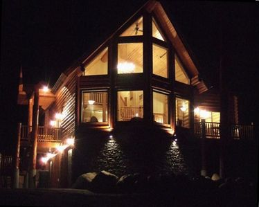 Payette Wilderness Lodge at Night