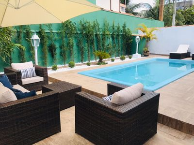 Photo for Pousada Suite w / Pool, Air Cond and Netflix - 100m from the sea