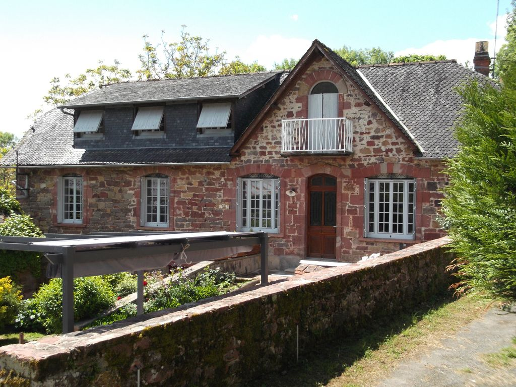 G te de langlade collonges la rouge sud corr ze collonges la rouge location de vacances - Location maison correze ...