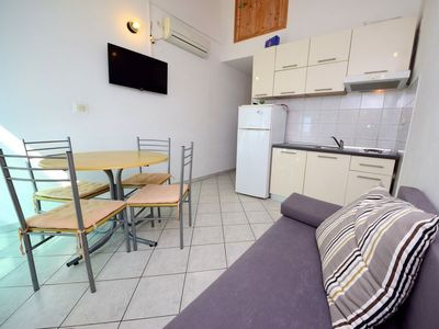 Photo for 1BR Apartment Vacation Rental in Čara