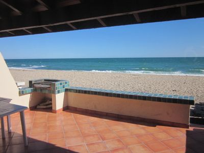 Photo for Aventura - 3 bedroom newly remodeled  beach front condo