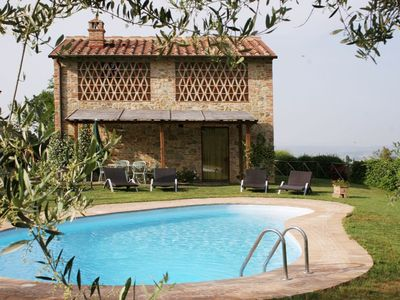 Photo for Three Bedroom Detached Villa in Tuscany.   A lovely private villa with its own swimming pool and garden,