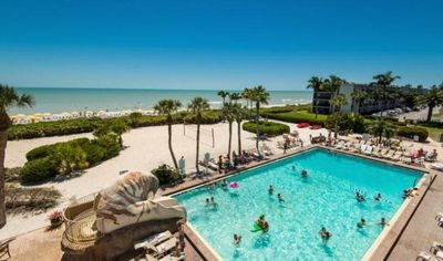 Photo for INCREDIBLE ISLAND VIEW 1BR, PRIVATE BEACH, 5 POOLS, RESORT AMENITIES