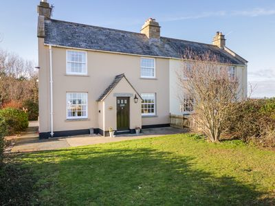 Photo for 2 OLD COASTGUARD HOUSE, pet friendly in Beaumaris, Ref 1000342