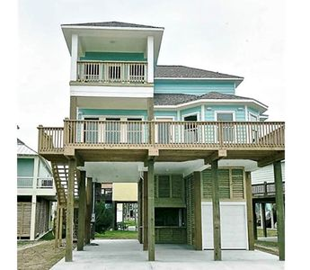 #Latitude Adjustment - 4 Bedrooms - 3 Bath - Sleeps 13