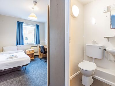 Photo for NCG-Block C-321 G· Private En Suite Room Near New Cross Gate Station