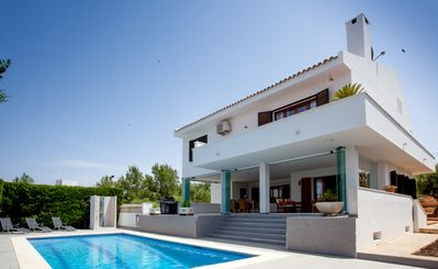 Photo for Villa Casa Kristel Mallorca with pool in the 2nd sea ​​line