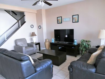 Special rates on 7th floor Unit!!!!