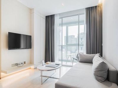Photo for Junior Suite-Cozy and Delicate near BTS Thonglor 舒适精致房近通罗天铁站 U6
