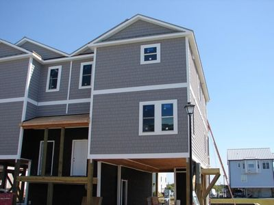Photo for NEW Townhome on Canal! Steps away from Beach, Boat, and Pool! Elevator!!