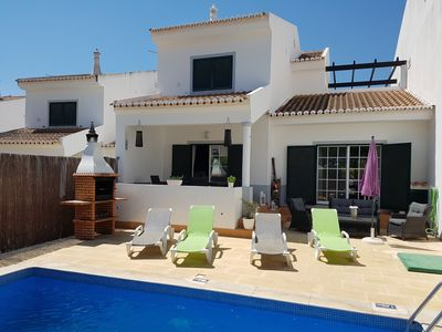 Photo for Family villa with private pool, terrace, sun and shade, WIFI. Close to the beach