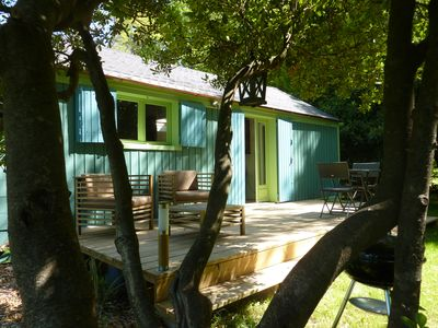 Photo for charming cottage for 2 persons with heated pool near L'Isle /sur/Sorgue