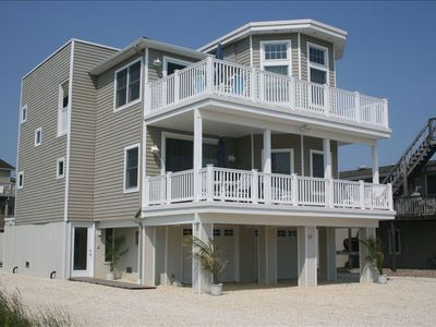 Photo for Beautiful New Bayside Home Close to Beach