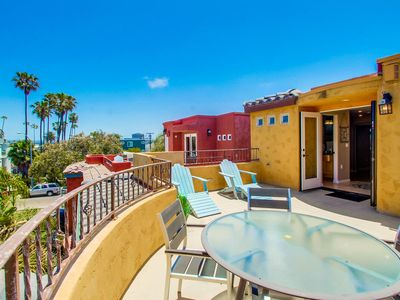 Dover Upper by 710 Vacation Rentals | Modern Duplex w/2 Parking & Secs to Beach!