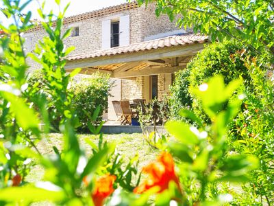 Photo for Dry stone farmhouse GORDES LUBERON Hiking from the MAS!