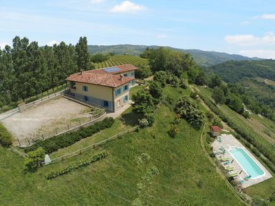 Photo for Vacation home Agriturismo La Rovere  in Cossano Belbo, Piedmont - 16 persons, 7 bedrooms