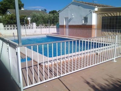 Photo for Enjoy a whole villa with private pool in Valencia