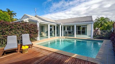Photo for Divine Woodlark Noosa -  Close to People & Pet Beach. Read our Rave Reviews!
